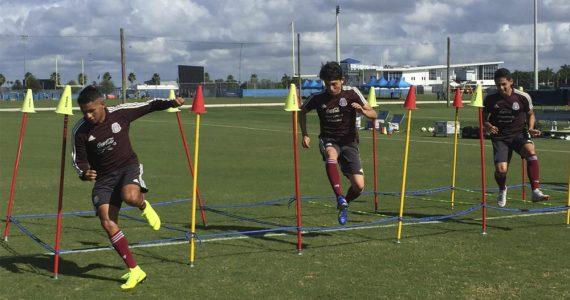 Selección Mexicana sub 21 entrenando