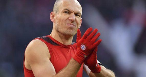 Robben, muy cerca de emigrar al futbol Japonés