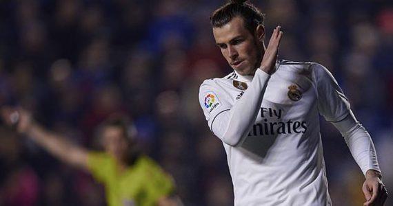 Bale abandonó el Bernabéu antes de que finalizara el clásico